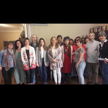 Diputadas del congreso visitan los pisos tutelados de AISS