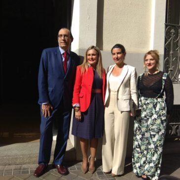 Rocío Monasterio visita las instalaciones de AISS con ocasión del Día Mundial de la Salud Mental